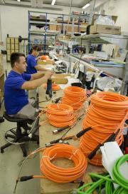 Lütze - Kabelová konfekce / Kabelkonfektion / Cable assembly