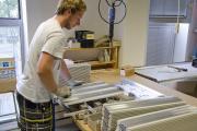 Lütze - Montáž nosných rámů pro rozvaděčové skříně / Montage von Tragrahmen für Schaltanlagen / Installation of supporting frames for control cabinets